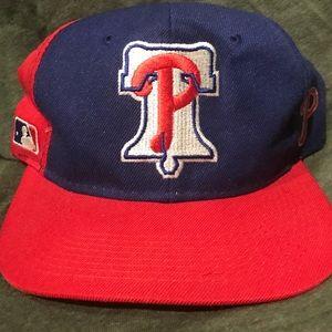 Vintage 90's Philadelphia Phillies hat